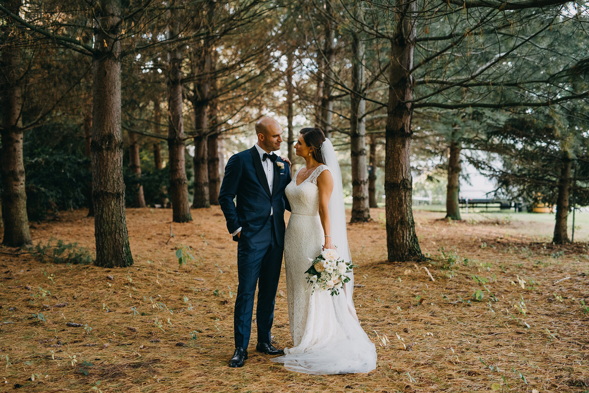 shaw-events-vineyard-bride-swish-list-kurtz-orchards-niagara-on-the-lake-wedding-43.jpg
