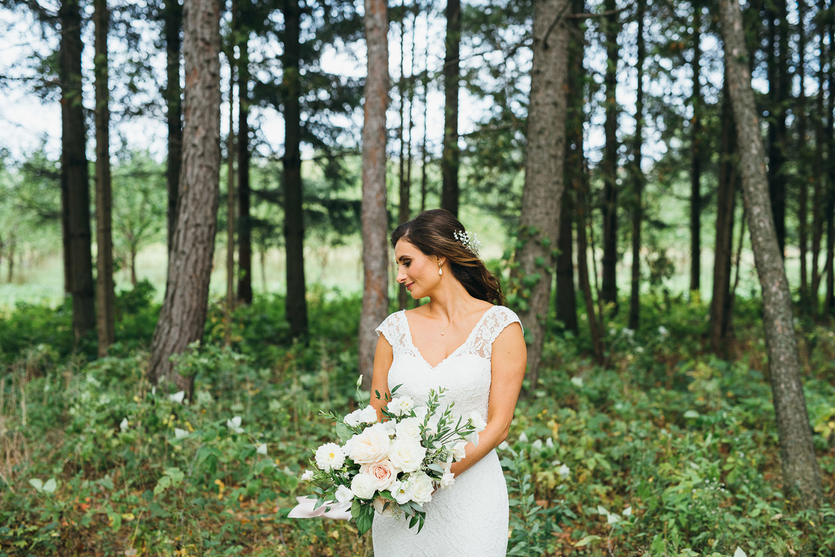 shaw-events-vineyard-bride-swish-list-kurtz-orchards-niagara-on-the-lake-wedding-58.jpg