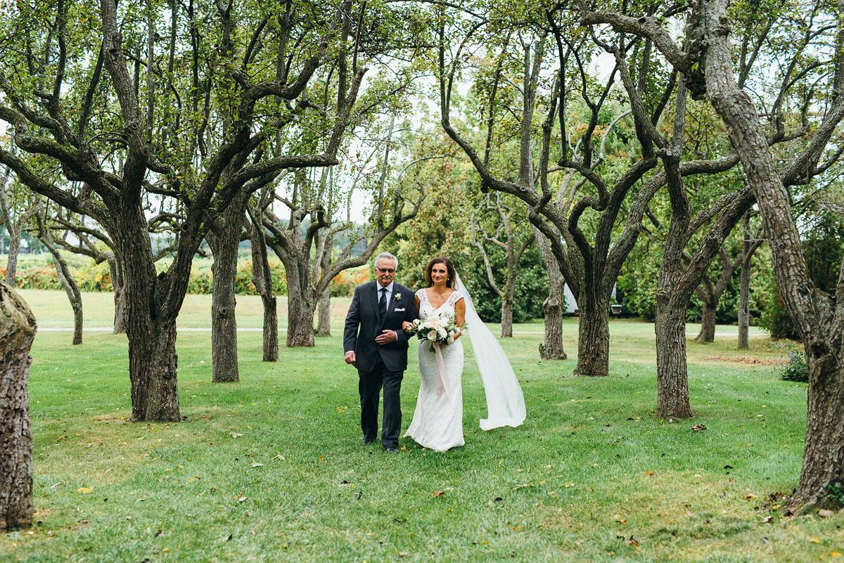 shaw-events-vineyard-bride-swish-list-kurtz-orchards-niagara-on-the-lake-wedding-59.jpg