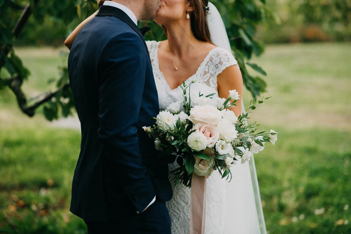 shaw-events-vineyard-bride-swish-list-kurtz-orchards-niagara-on-the-lake-wedding-85.jpg