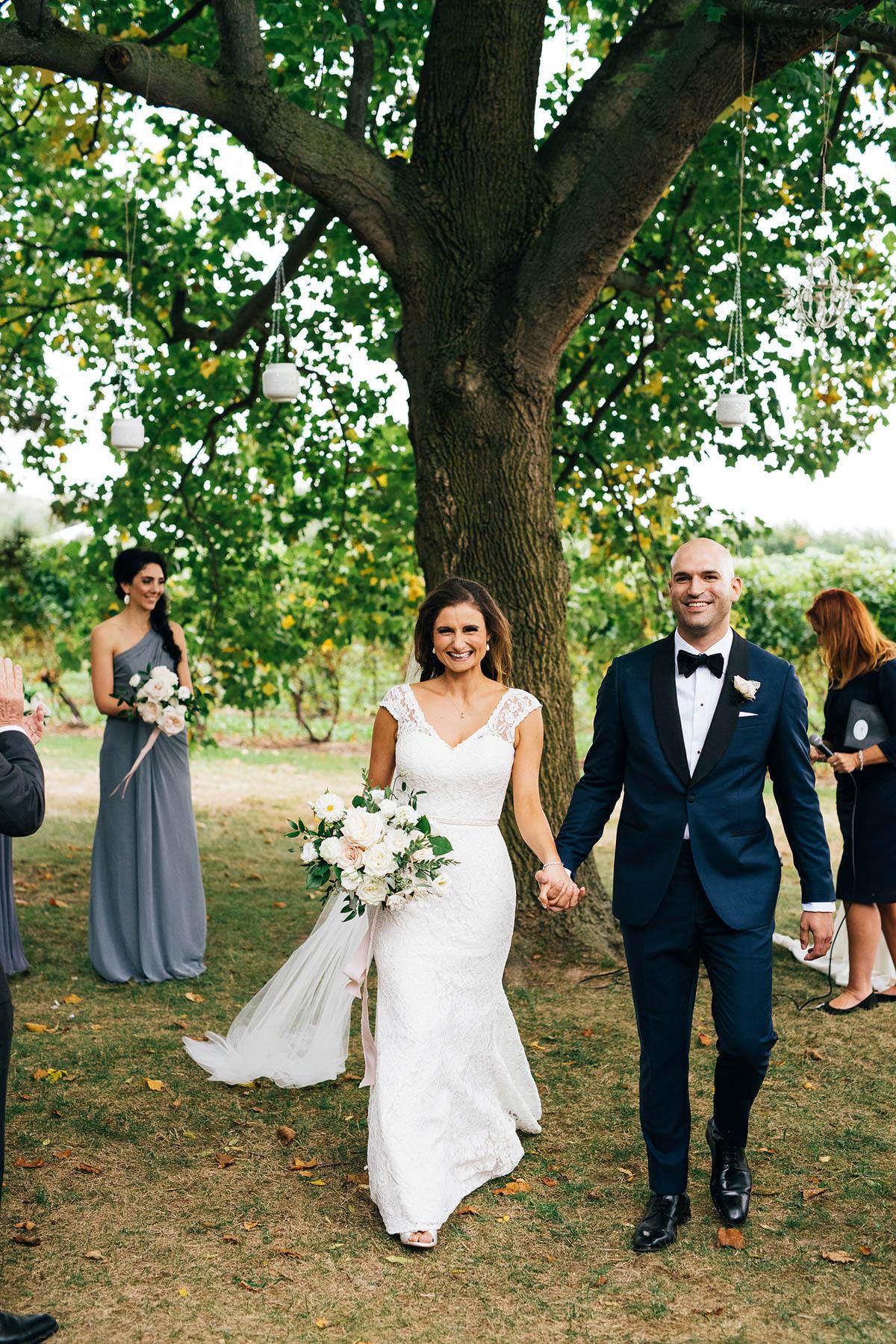 shaw-events-vineyard-bride-swish-list-kurtz-orchards-niagara-on-the-lake-wedding-87.jpg