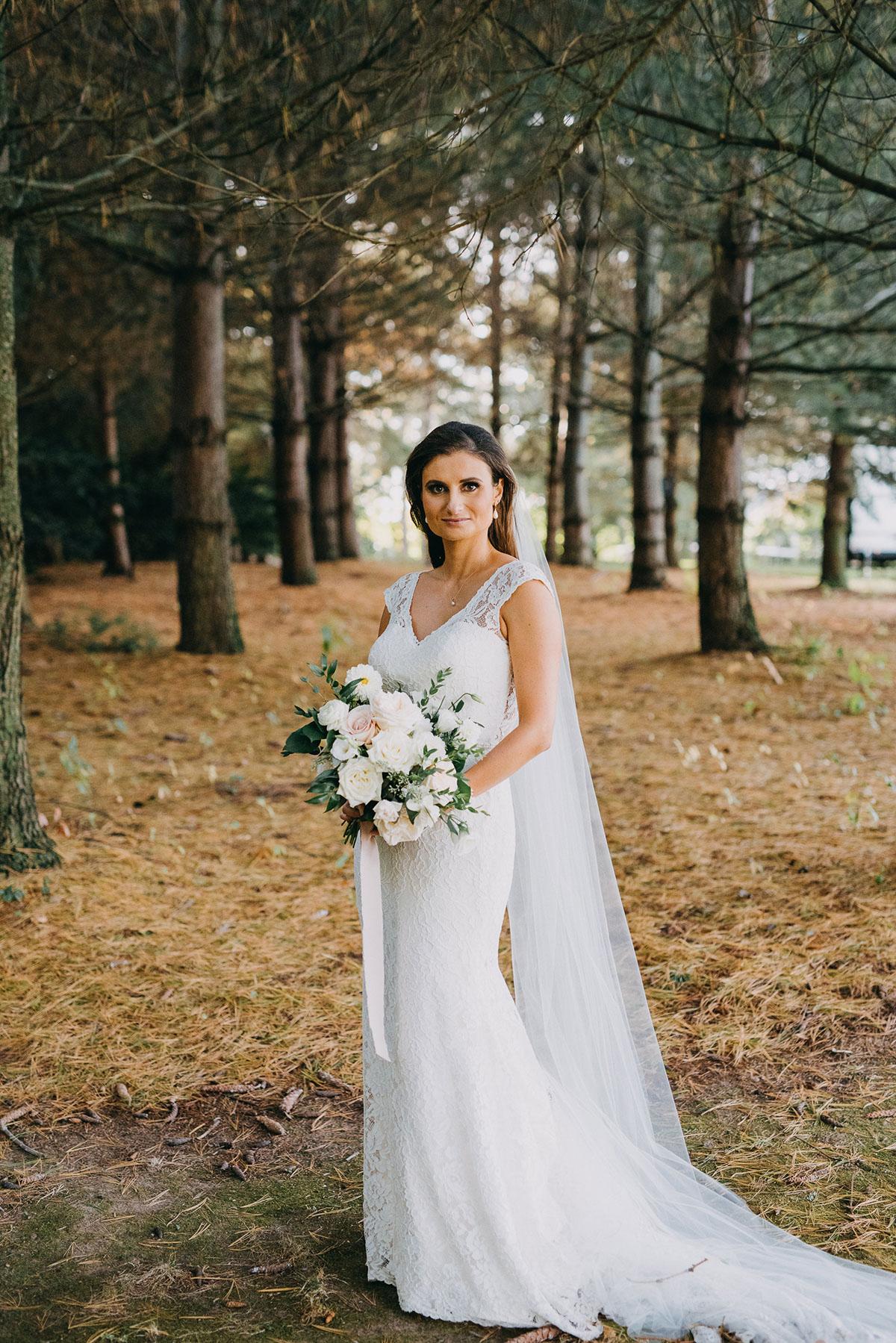 shaw-events-vineyard-bride-swish-list-kurtz-orchards-niagara-on-the-lake-wedding-89.jpg