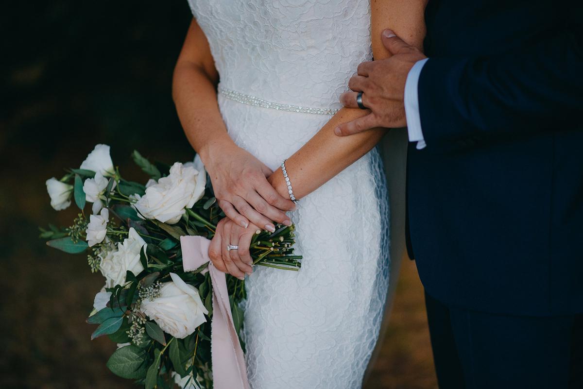 shaw-events-vineyard-bride-swish-list-kurtz-orchards-niagara-on-the-lake-wedding-91.jpg