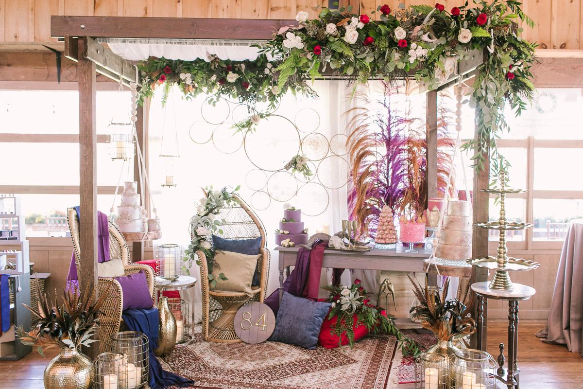 the-first-look-vineyard-bride-swish-list-kurtz-orchards-market-niagara-on-the-lake-wedding-show-5.jpg