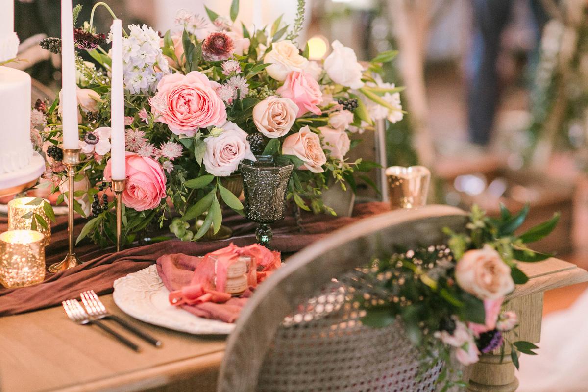 the-first-look-vineyard-bride-swish-list-kurtz-orchards-market-niagara-on-the-lake-wedding-show-46.jpg