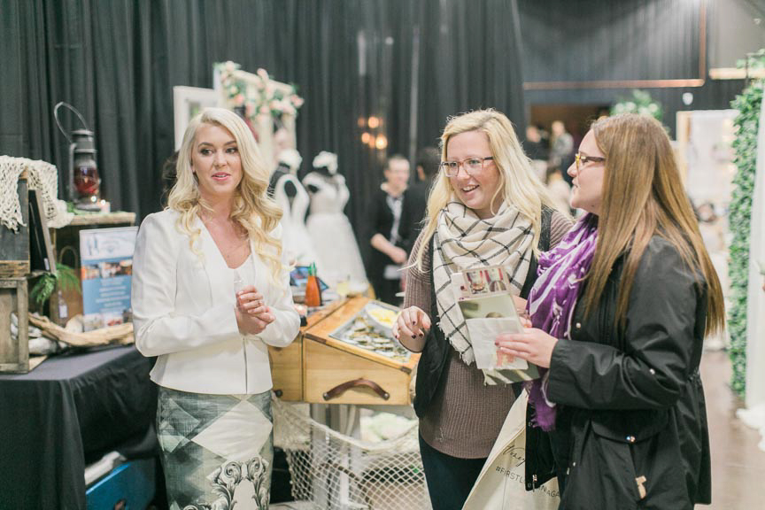 the-first-look-vineyard-bride-swish-list-the-hare-wine-co-niagara-on-the-lake-wedding-show-34.jpg
