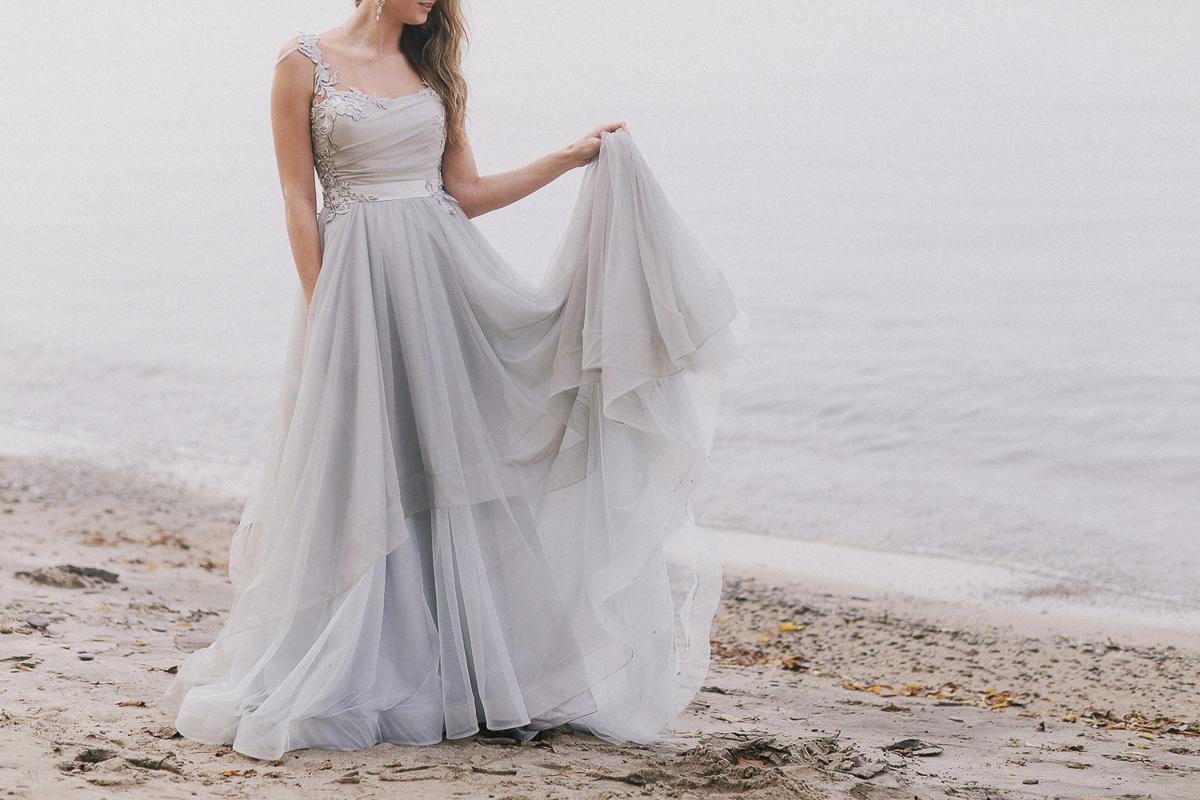 ballad-photography-vineyard-bride-swish-list-niagara-seaside-wedding-editorial-1.jpg