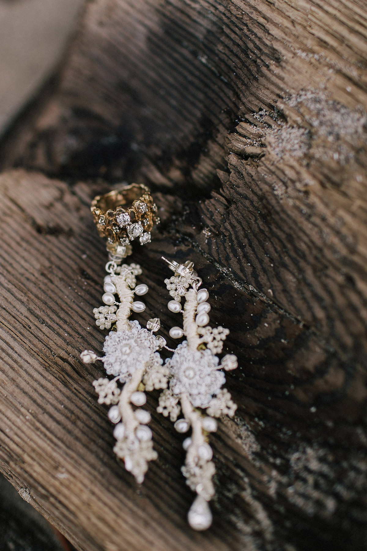 ballad-photography-vineyard-bride-swish-list-niagara-seaside-wedding-editorial-16.jpg