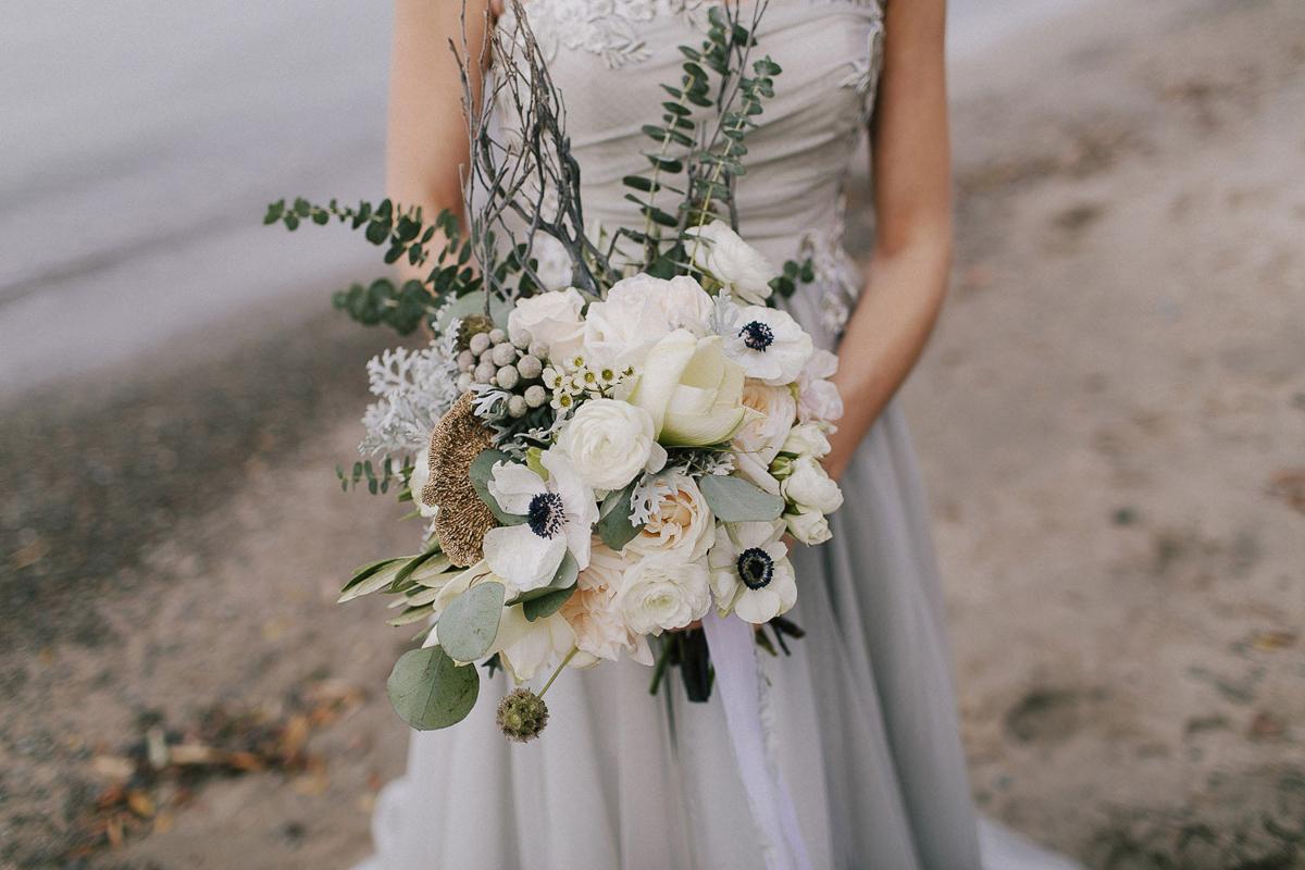 ballad-photography-vineyard-bride-swish-list-niagara-seaside-wedding-editorial-20.jpg