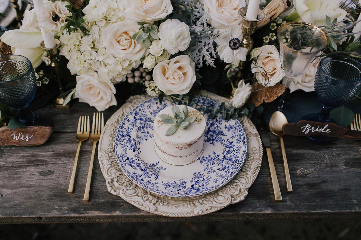 ballad-photography-vineyard-bride-swish-list-niagara-seaside-wedding-editorial-30.jpg