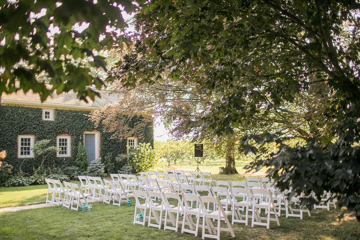 elizabeth-in-love-vineyard-bride-swish-list-cherry-avenue-farms-vineland-wedding-18.jpg