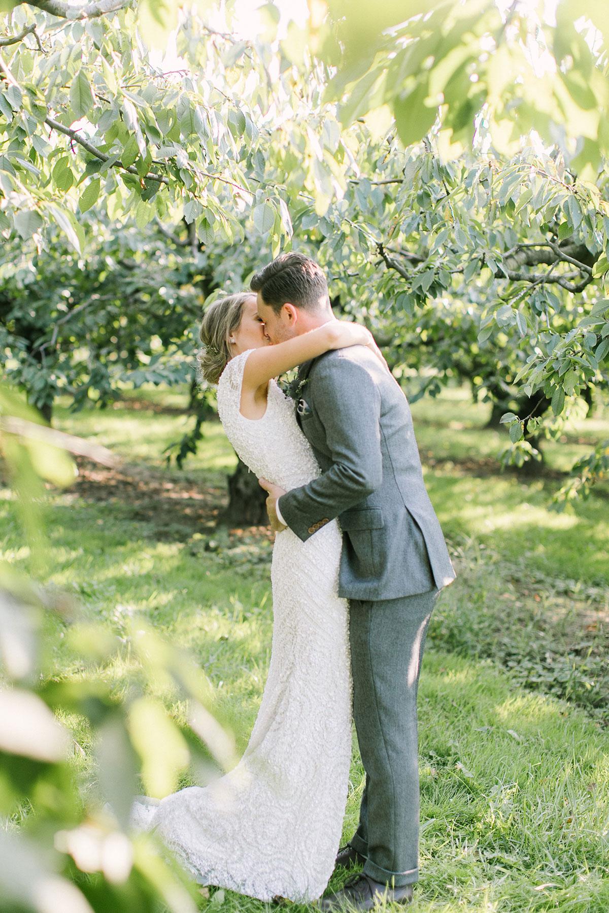 elizabeth-in-love-vineyard-bride-swish-list-cherry-avenue-farms-vineland-wedding-31.jpg