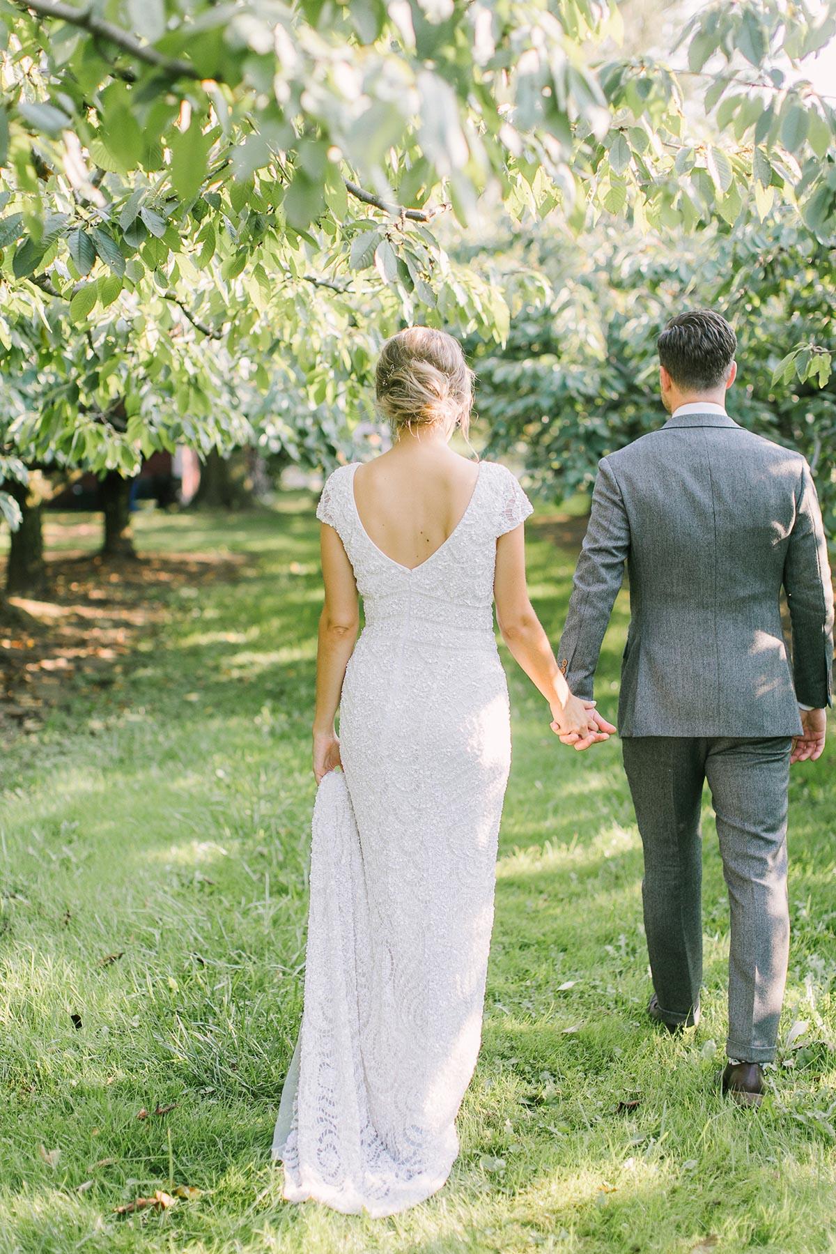 elizabeth-in-love-vineyard-bride-swish-list-cherry-avenue-farms-vineland-wedding-36.jpg