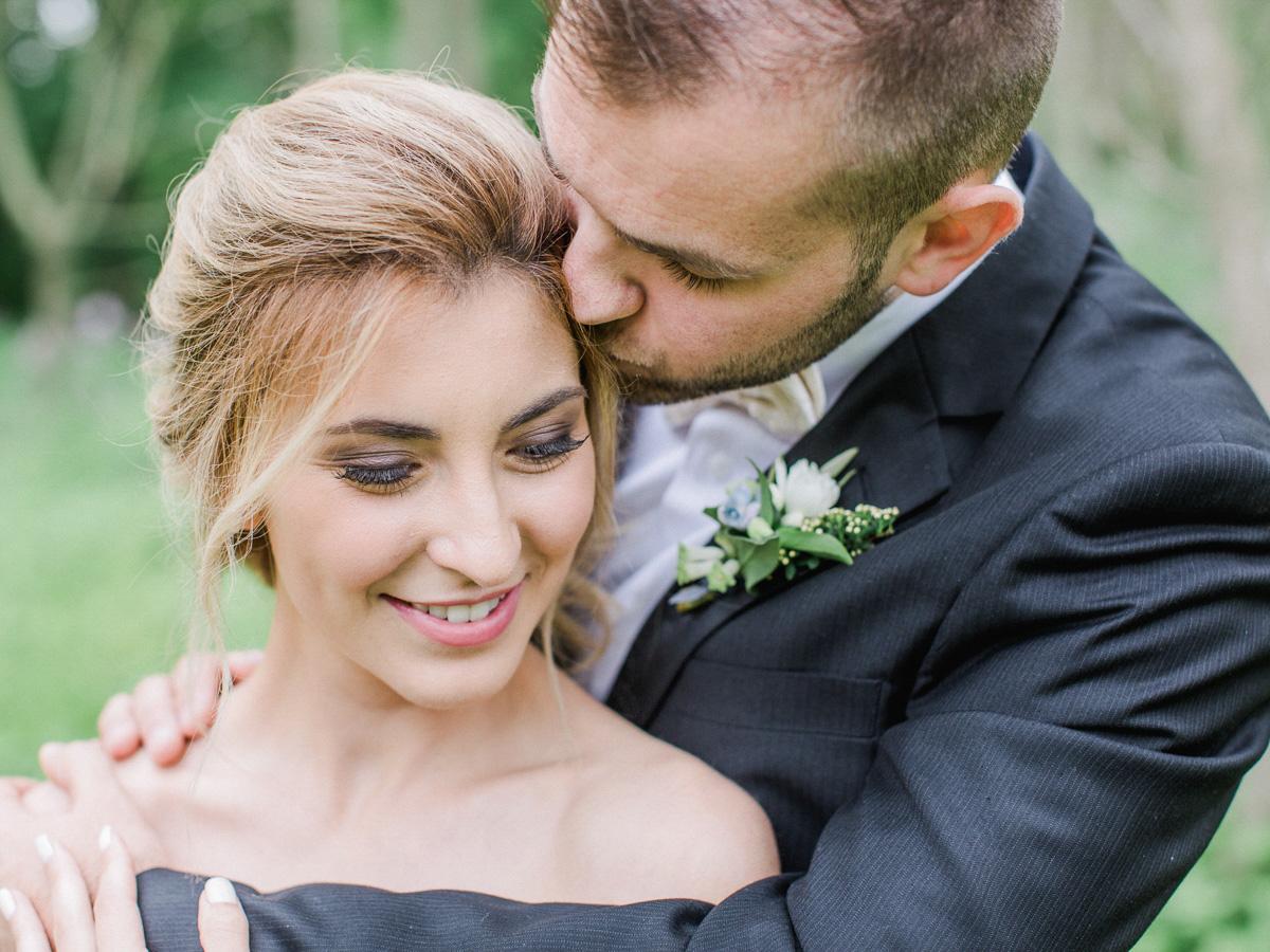 carolyn-bentum-photography-vineyard-bride-swish-list-westover-inn-st-marys-wedding-editorial-6.jpg