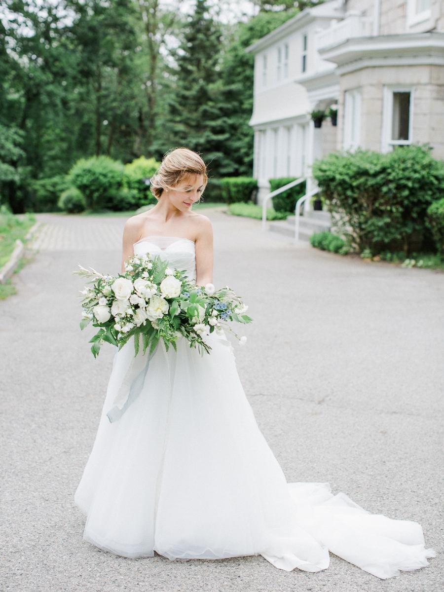 carolyn-bentum-photography-vineyard-bride-swish-list-westover-inn-st-marys-wedding-editorial-11.jpg