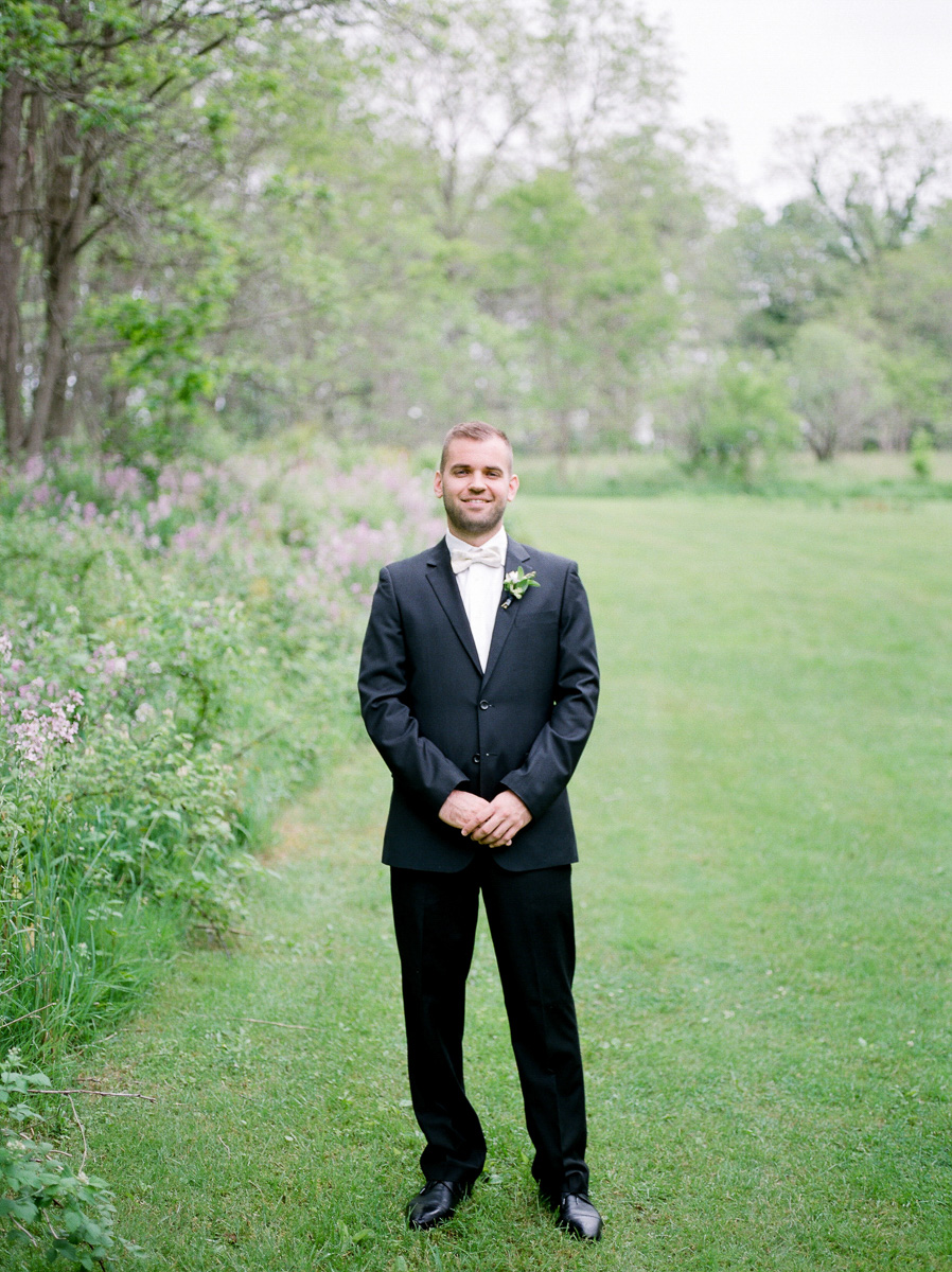 carolyn-bentum-photography-vineyard-bride-swish-list-westover-inn-st-marys-wedding-editorial-18.jpg