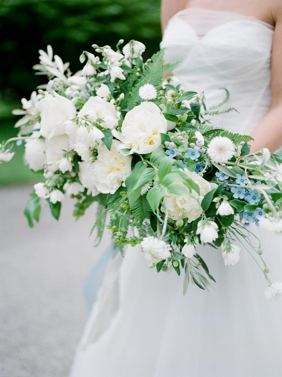 carolyn-bentum-photography-vineyard-bride-swish-list-westover-inn-st-marys-wedding-editorial-26.jpg