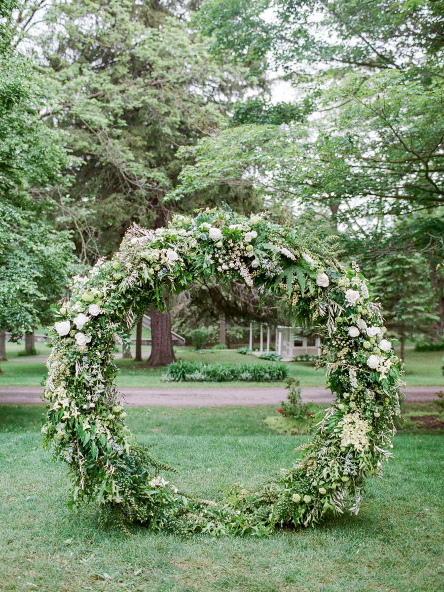 carolyn-bentum-photography-vineyard-bride-swish-list-westover-inn-st-marys-wedding-editorial-28.jpg