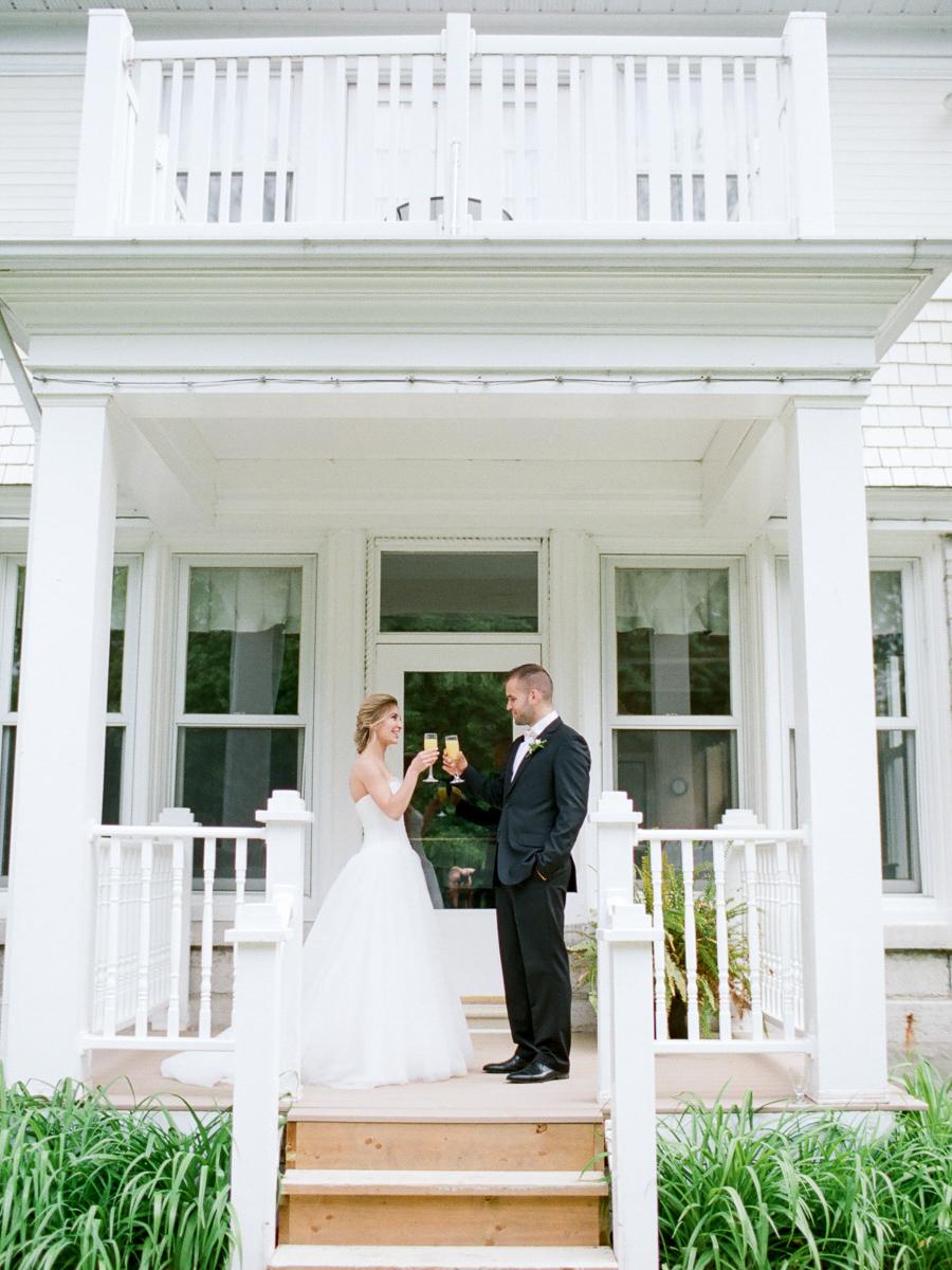 carolyn-bentum-photography-vineyard-bride-swish-list-westover-inn-st-marys-wedding-editorial-31.jpg