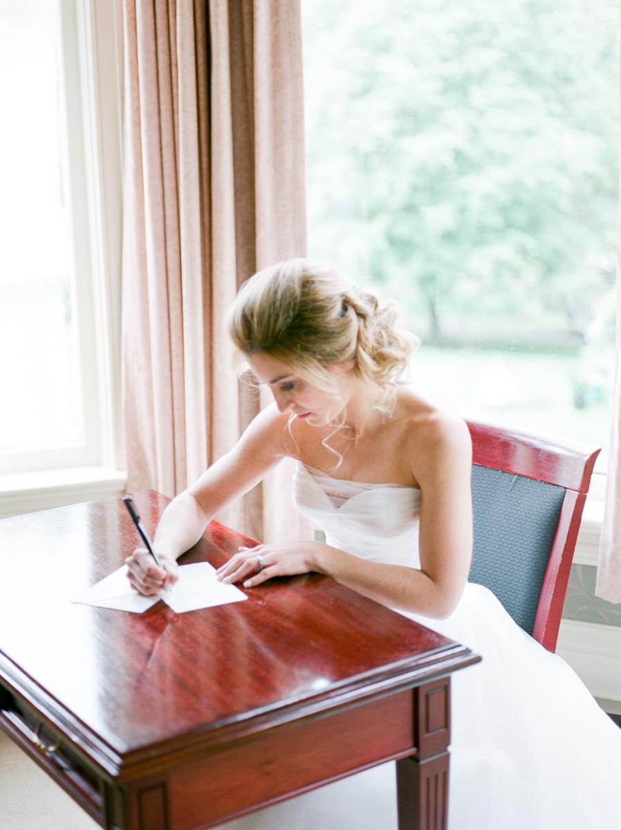 carolyn-bentum-photography-vineyard-bride-swish-list-westover-inn-st-marys-wedding-editorial-32.jpg