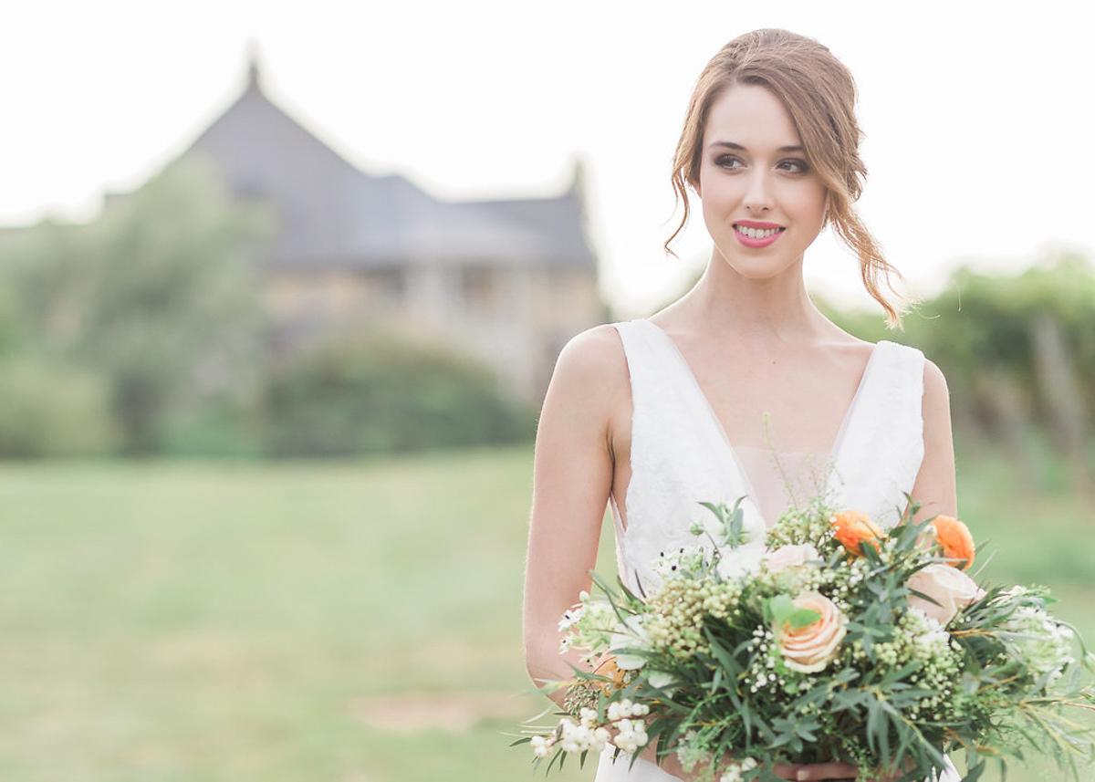 lucy-tran-photography-vineyard-bride-swish-list-gracewood-estates-kurtz-orchards-niagara-on-the-lake-wedding-editorial-19.jpg
