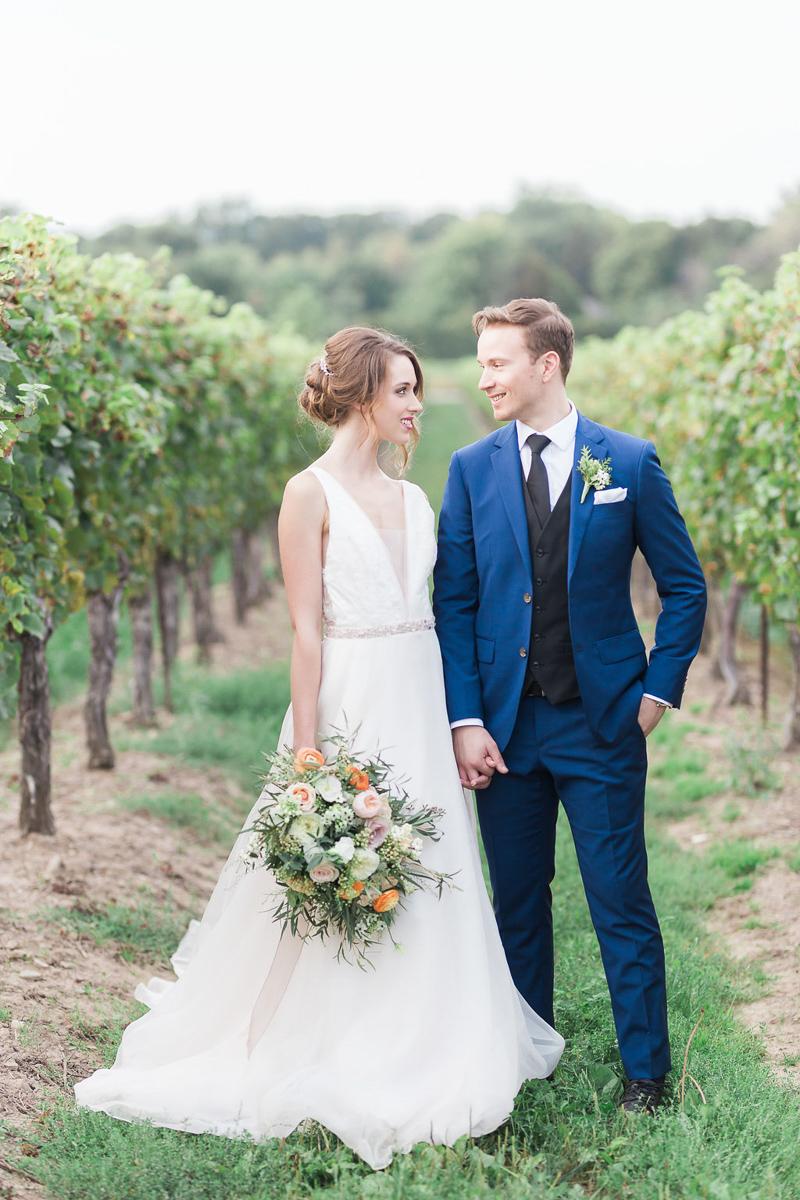 lucy-tran-photography-vineyard-bride-swish-list-gracewood-estates-kurtz-orchards-niagara-on-the-lake-wedding-editorial-20.jpg