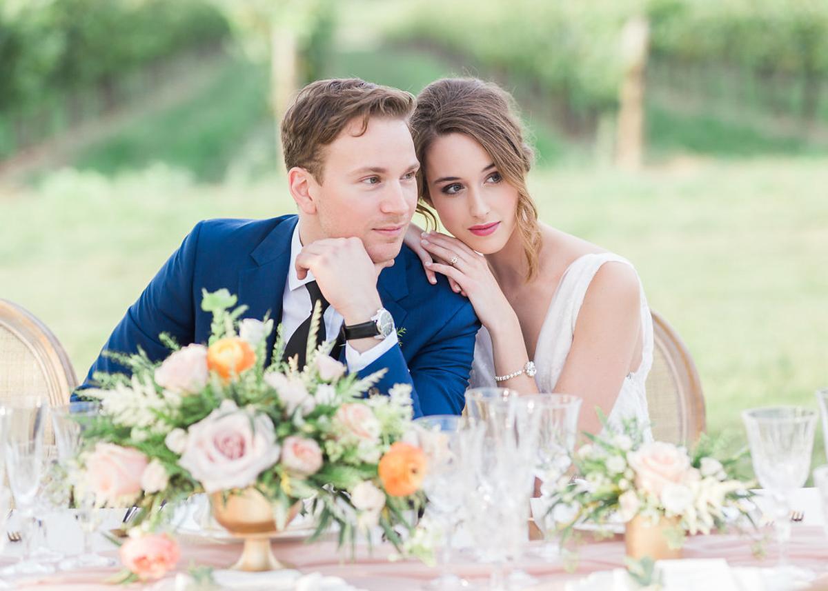 lucy-tran-photography-vineyard-bride-swish-list-gracewood-estates-kurtz-orchards-niagara-on-the-lake-wedding-editorial-21.jpg