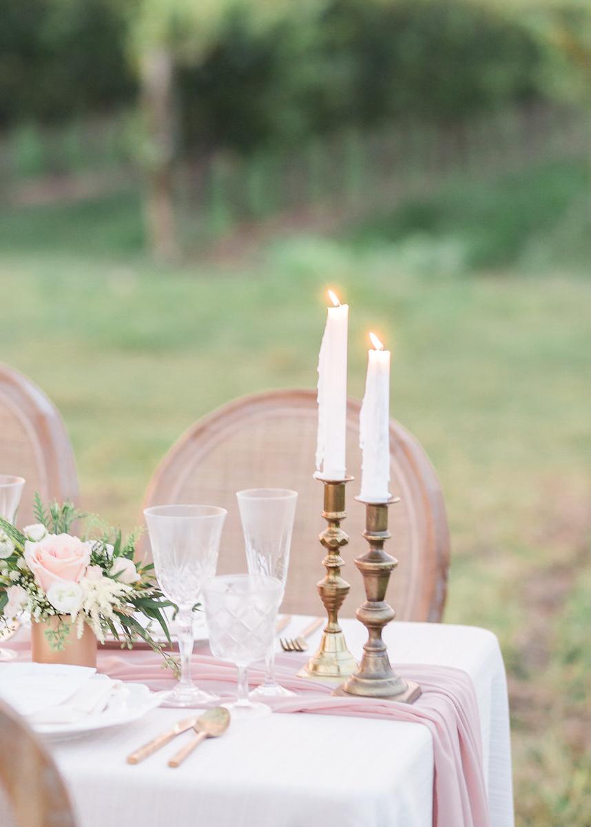 lucy-tran-photography-vineyard-bride-swish-list-gracewood-estates-kurtz-orchards-niagara-on-the-lake-wedding-editorial-32.jpg