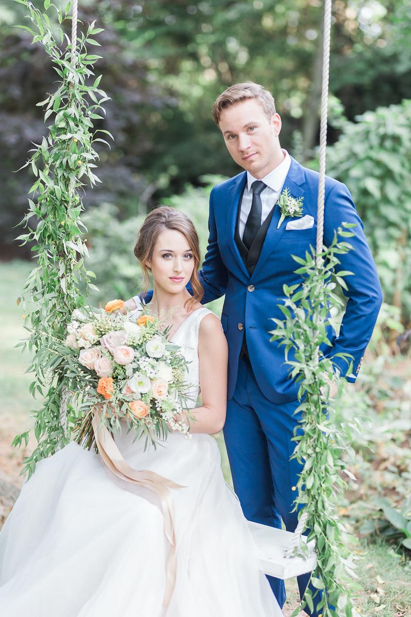 lucy-tran-photography-vineyard-bride-swish-list-gracewood-estates-kurtz-orchards-niagara-on-the-lake-wedding-editorial-35.jpg