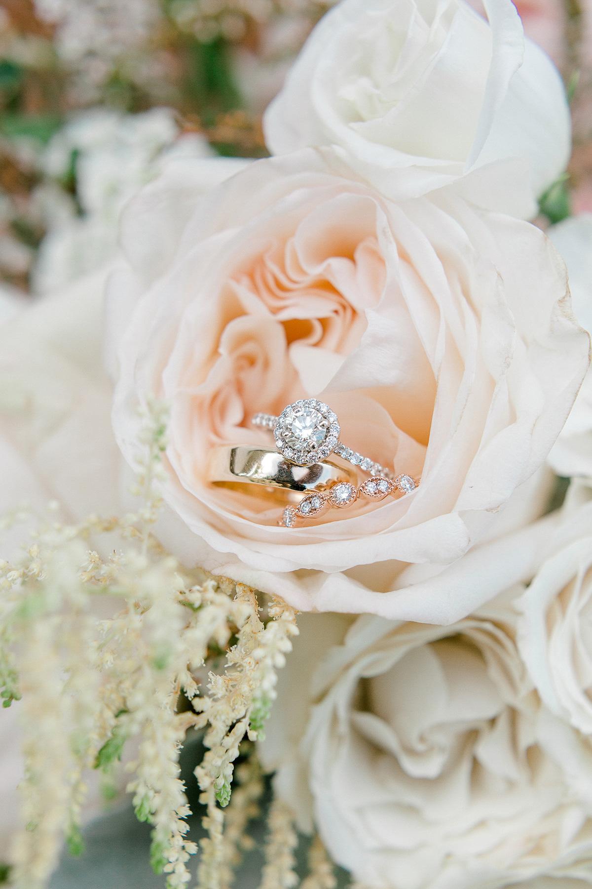 beatrice-elford-photography-vineyard-bride-swish-list-balls-falls-vineland-wedding-7.jpg