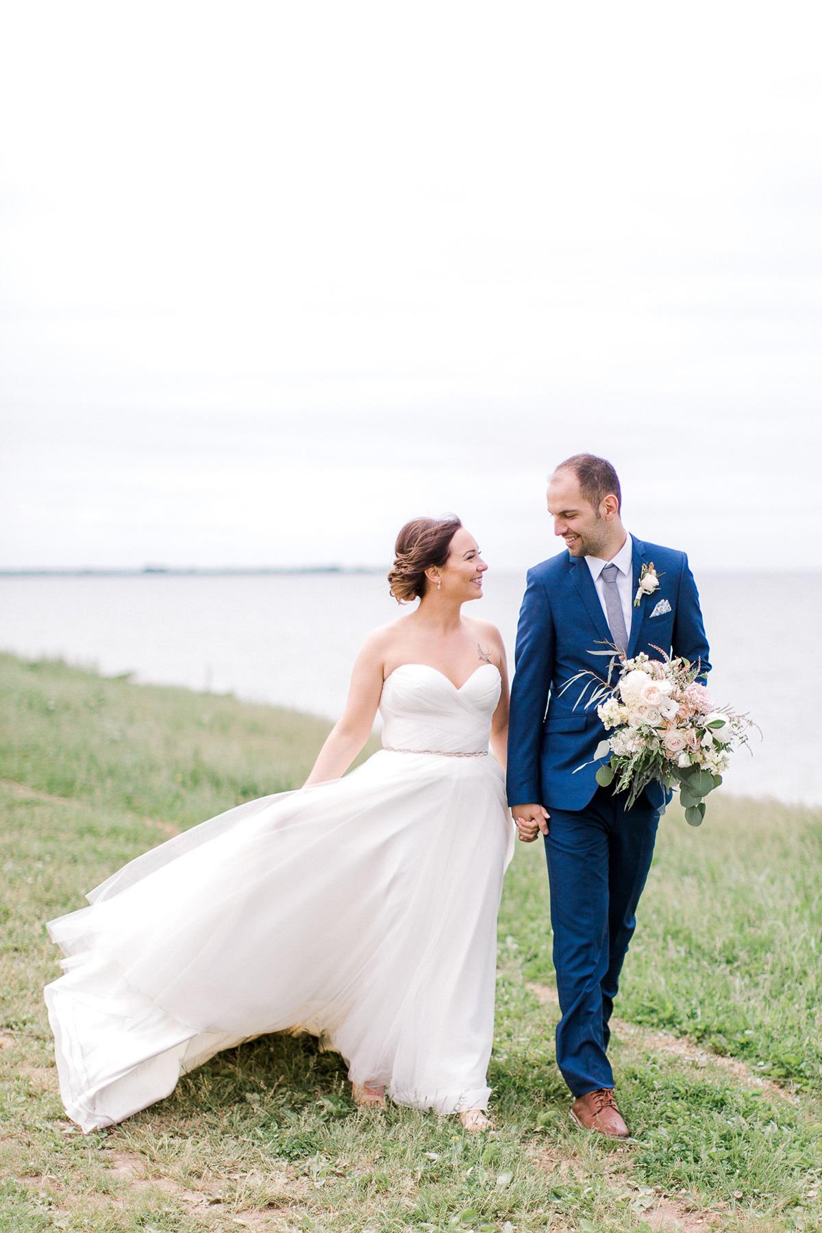 beatrice-elford-photography-vineyard-bride-swish-list-balls-falls-vineland-wedding-22.jpg