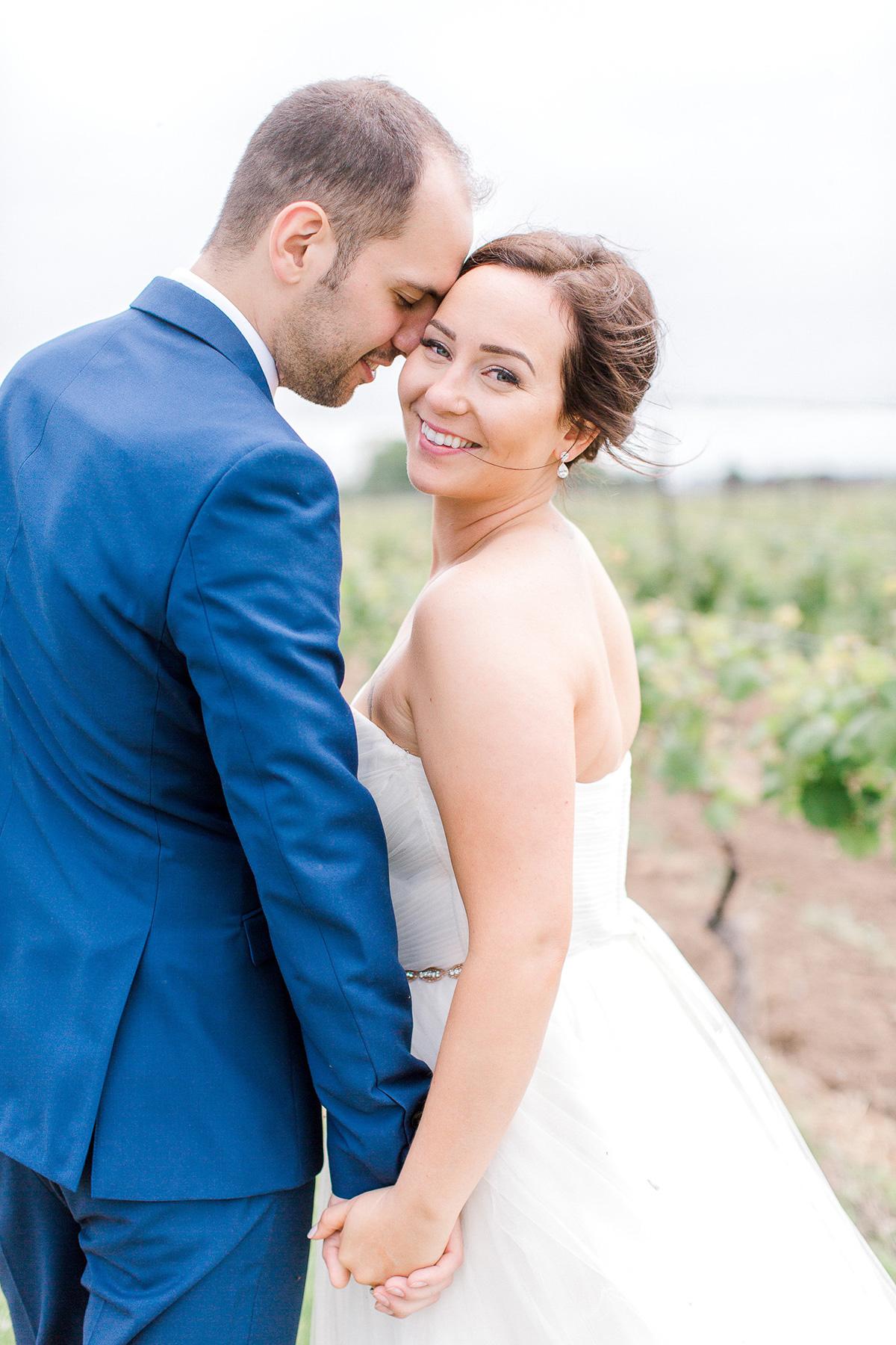beatrice-elford-photography-vineyard-bride-swish-list-balls-falls-vineland-wedding-24.jpg