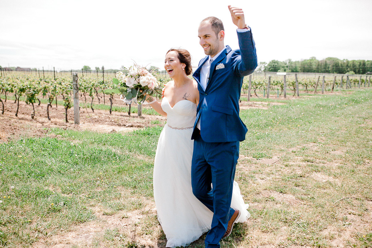 beatrice-elford-photography-vineyard-bride-swish-list-balls-falls-vineland-wedding-26.jpg