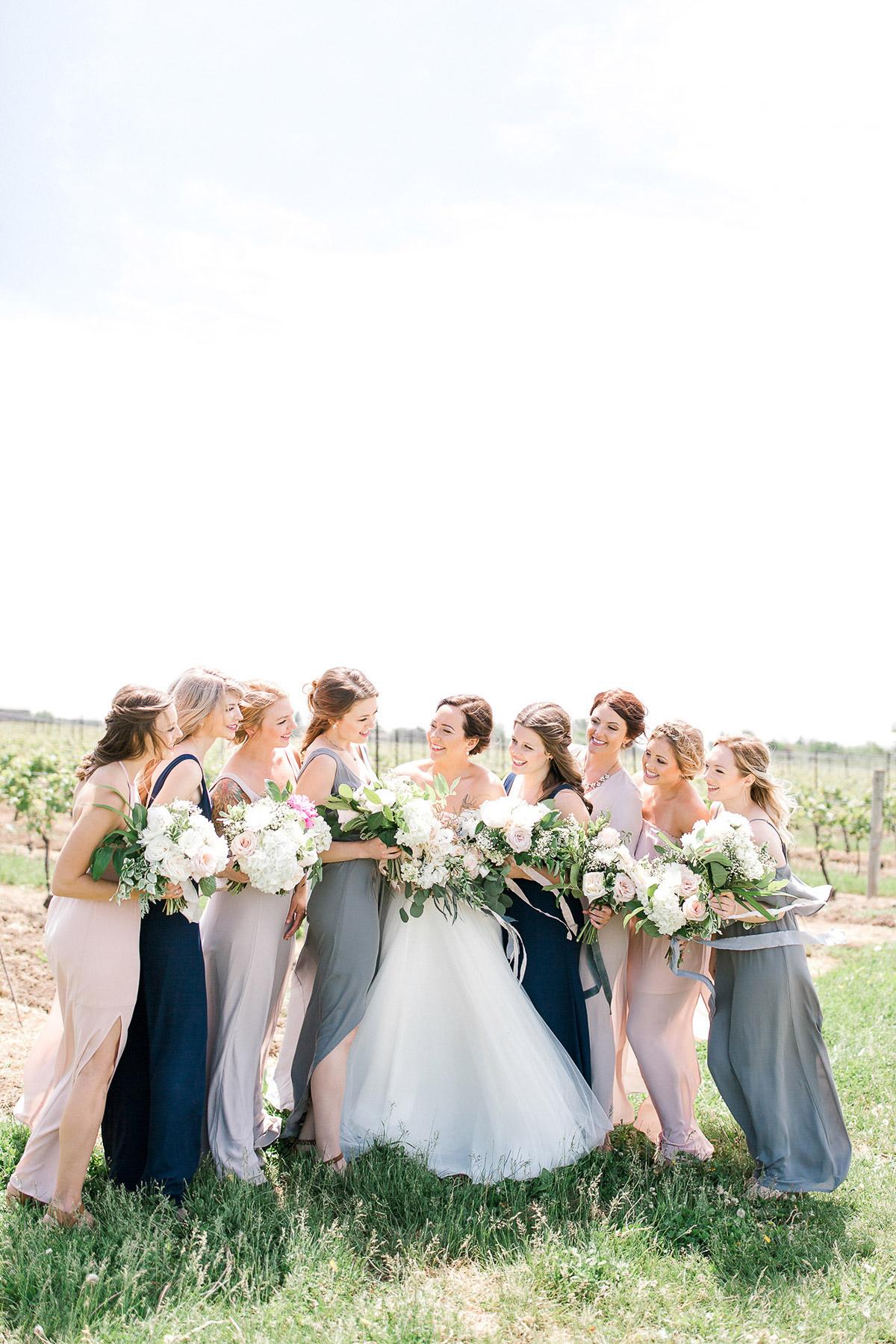 beatrice-elford-photography-vineyard-bride-swish-list-balls-falls-vineland-wedding-29.jpg