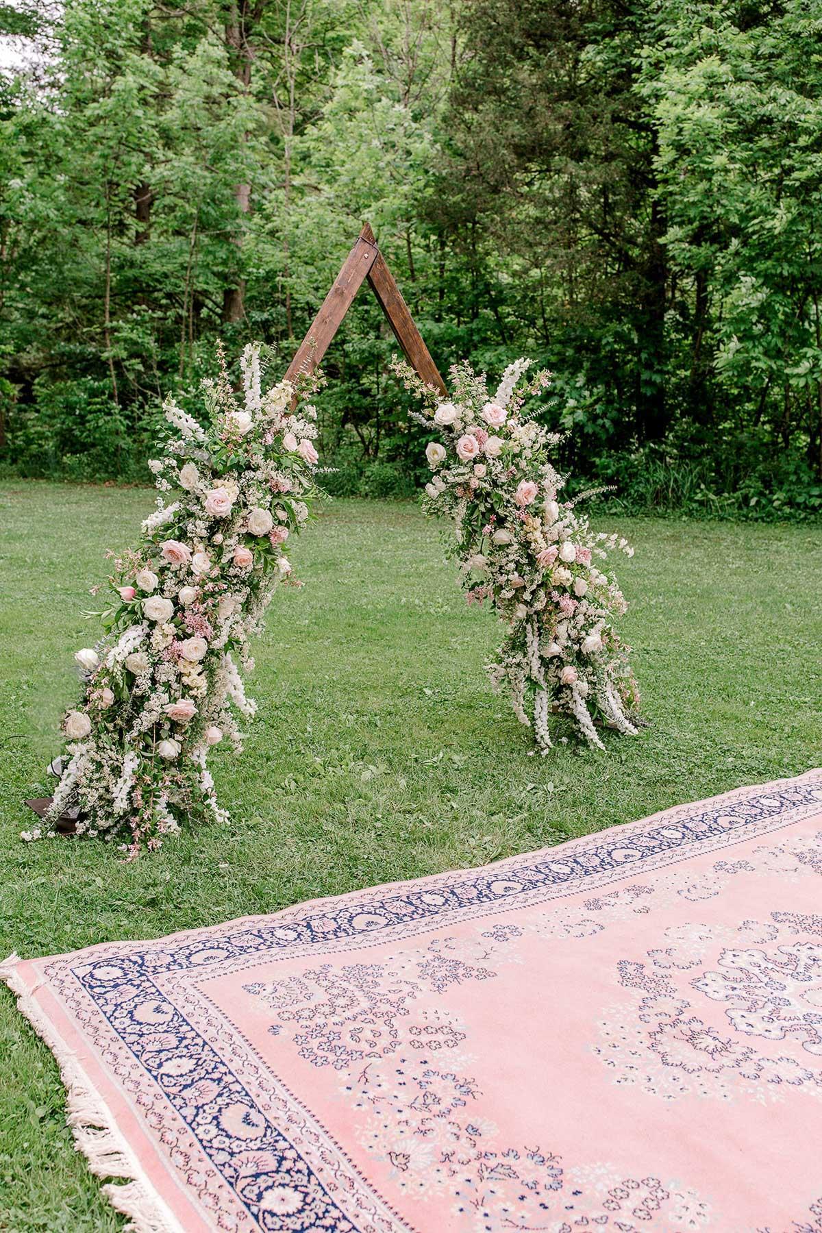 beatrice-elford-photography-vineyard-bride-swish-list-balls-falls-vineland-wedding-40.jpg