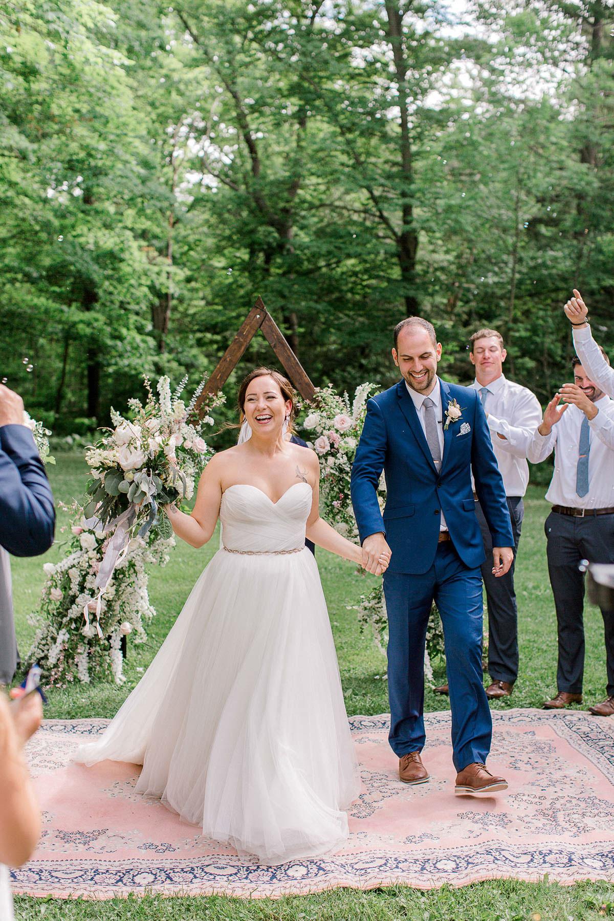 beatrice-elford-photography-vineyard-bride-swish-list-balls-falls-vineland-wedding-51.jpg