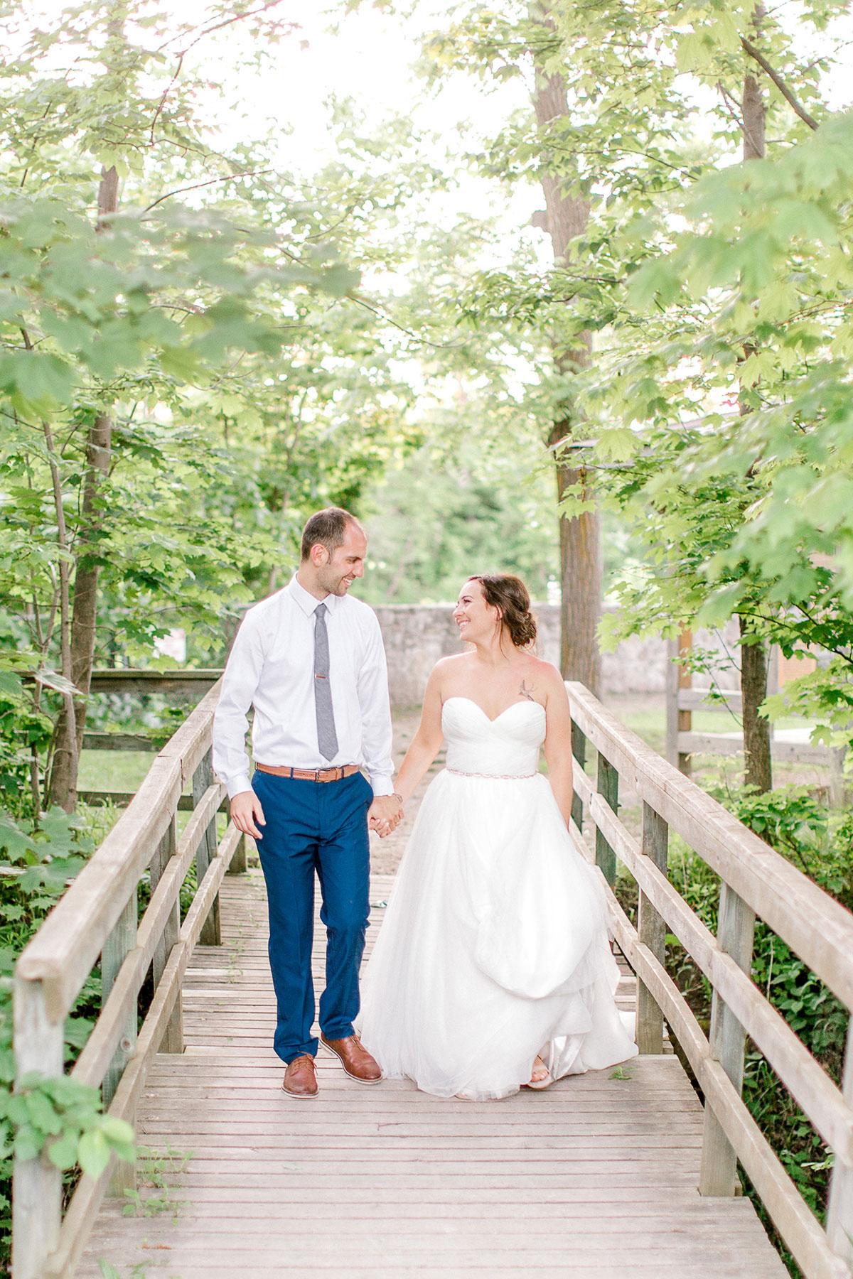 beatrice-elford-photography-vineyard-bride-swish-list-balls-falls-vineland-wedding-52.jpg