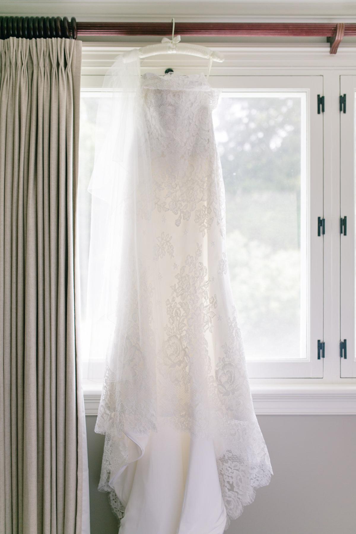 artiese-studios-vineyard-bride-swish-list-private-estate-cambridge-wedding-1.jpg