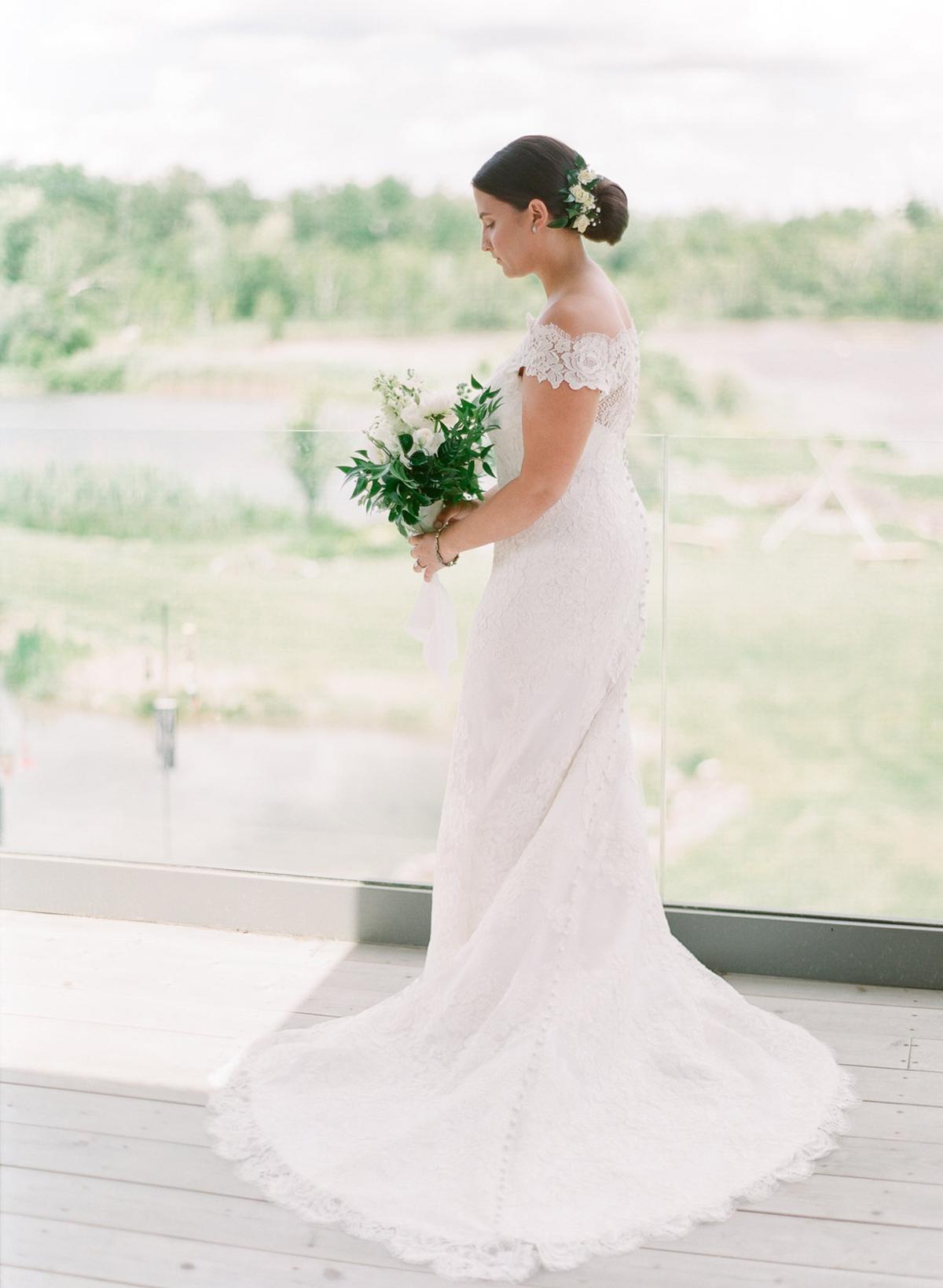 artiese-studios-vineyard-bride-swish-list-private-estate-cambridge-wedding-26.jpg