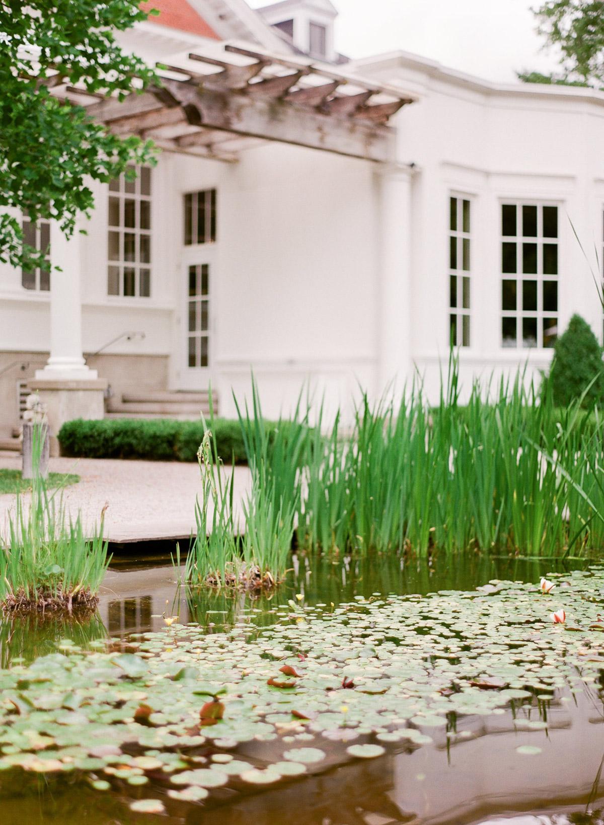 artiese-studios-vineyard-bride-swish-list-private-estate-cambridge-wedding-36.jpg