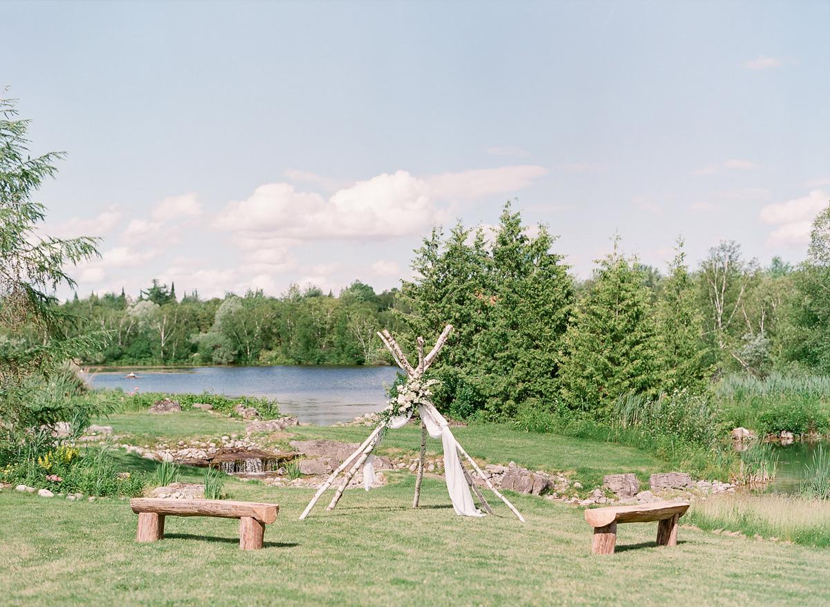 artiese-studios-vineyard-bride-swish-list-private-estate-cambridge-wedding-42.jpg