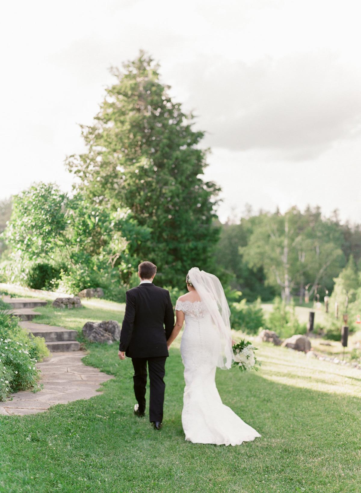 artiese-studios-vineyard-bride-swish-list-private-estate-cambridge-wedding-58.jpg