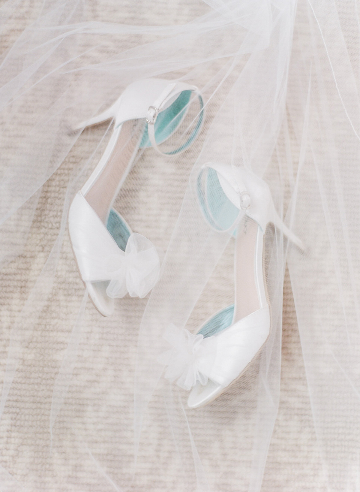 artiese-studios-vineyard-bride-swish-list-private-estate-cambridge-wedding-60.jpg