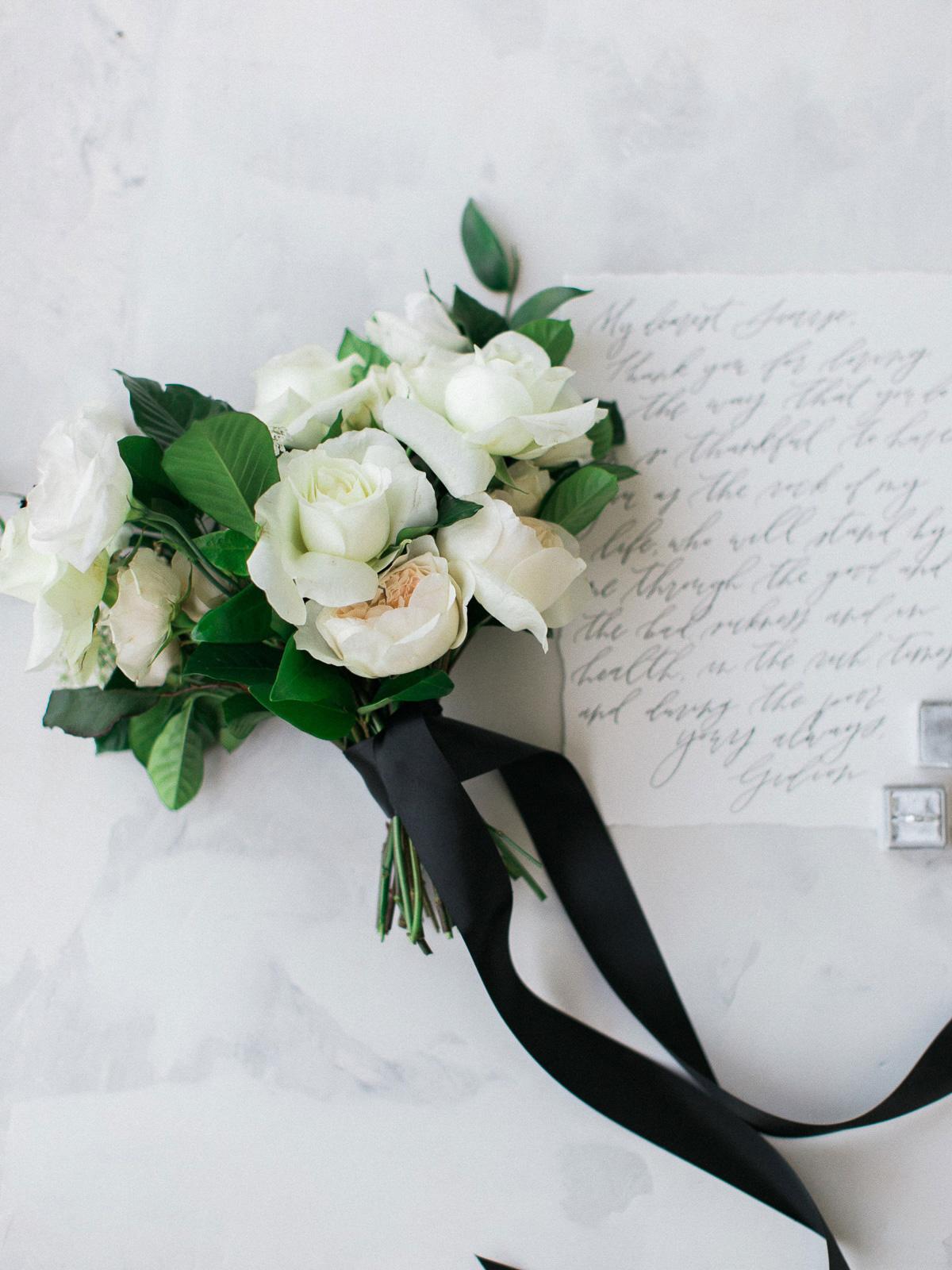 kurtz-orpia-photography-vineyard-bride-swish-list-dundurn-castle-dundas-wedding-editorial-8.jpg