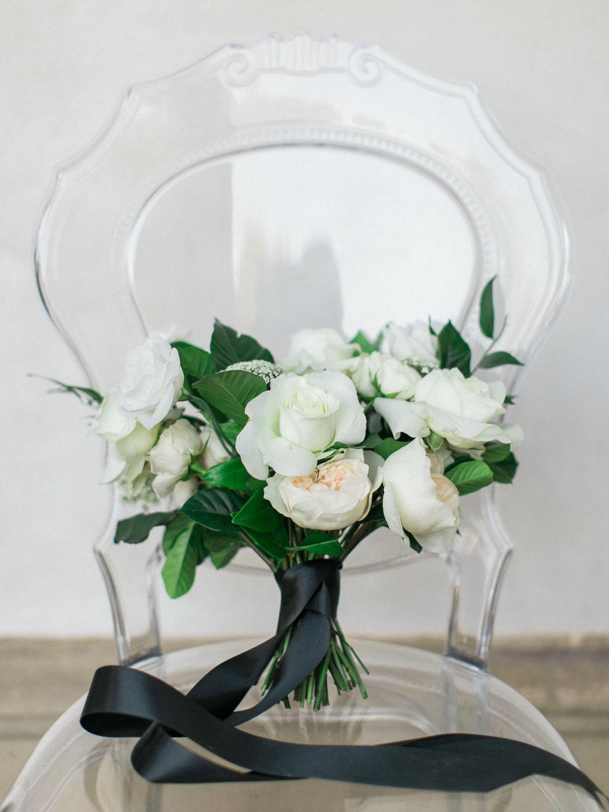 kurtz-orpia-photography-vineyard-bride-swish-list-dundurn-castle-dundas-wedding-editorial-15.jpg