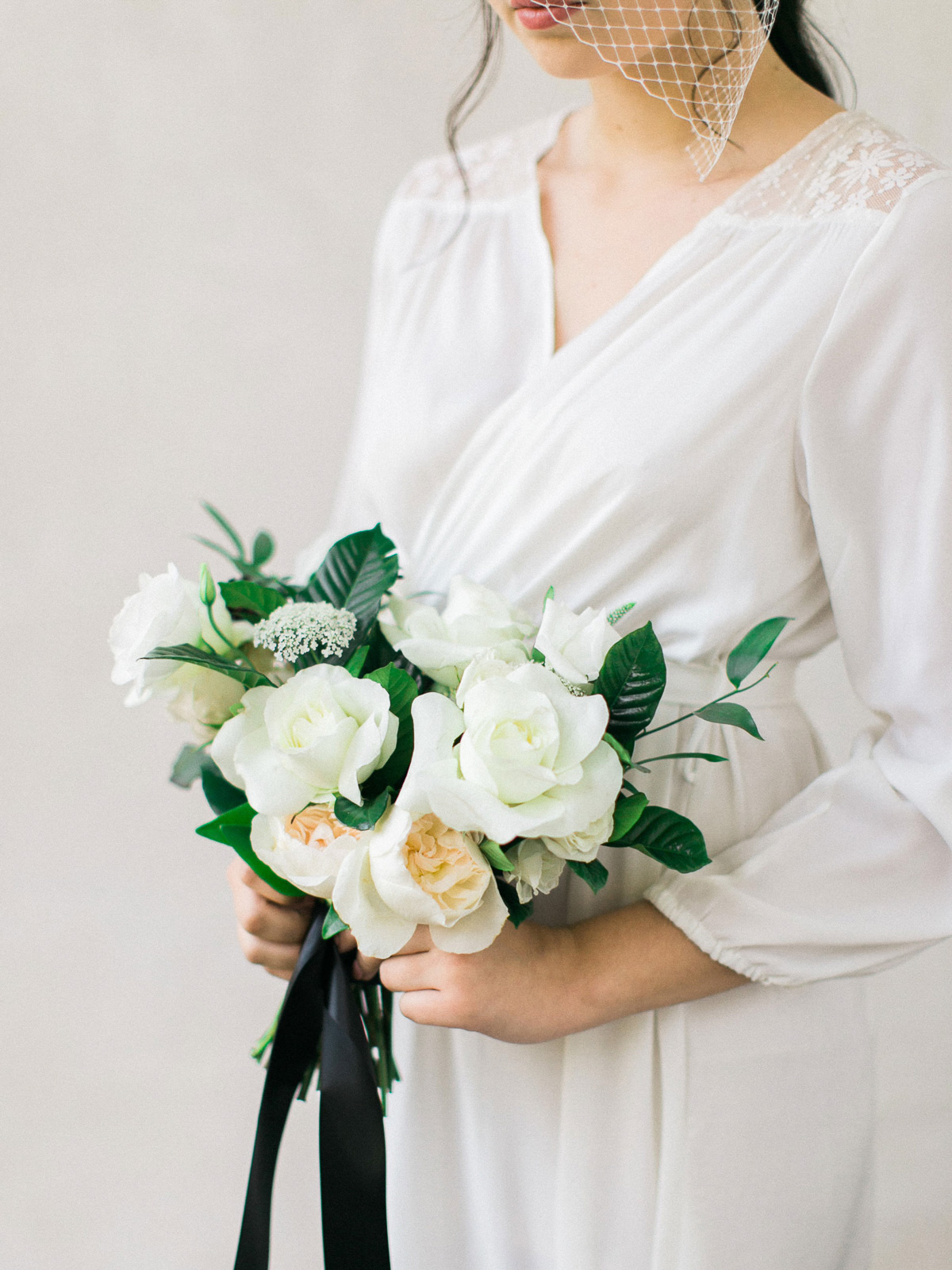 kurtz-orpia-photography-vineyard-bride-swish-list-dundurn-castle-dundas-wedding-editorial-17.jpg
