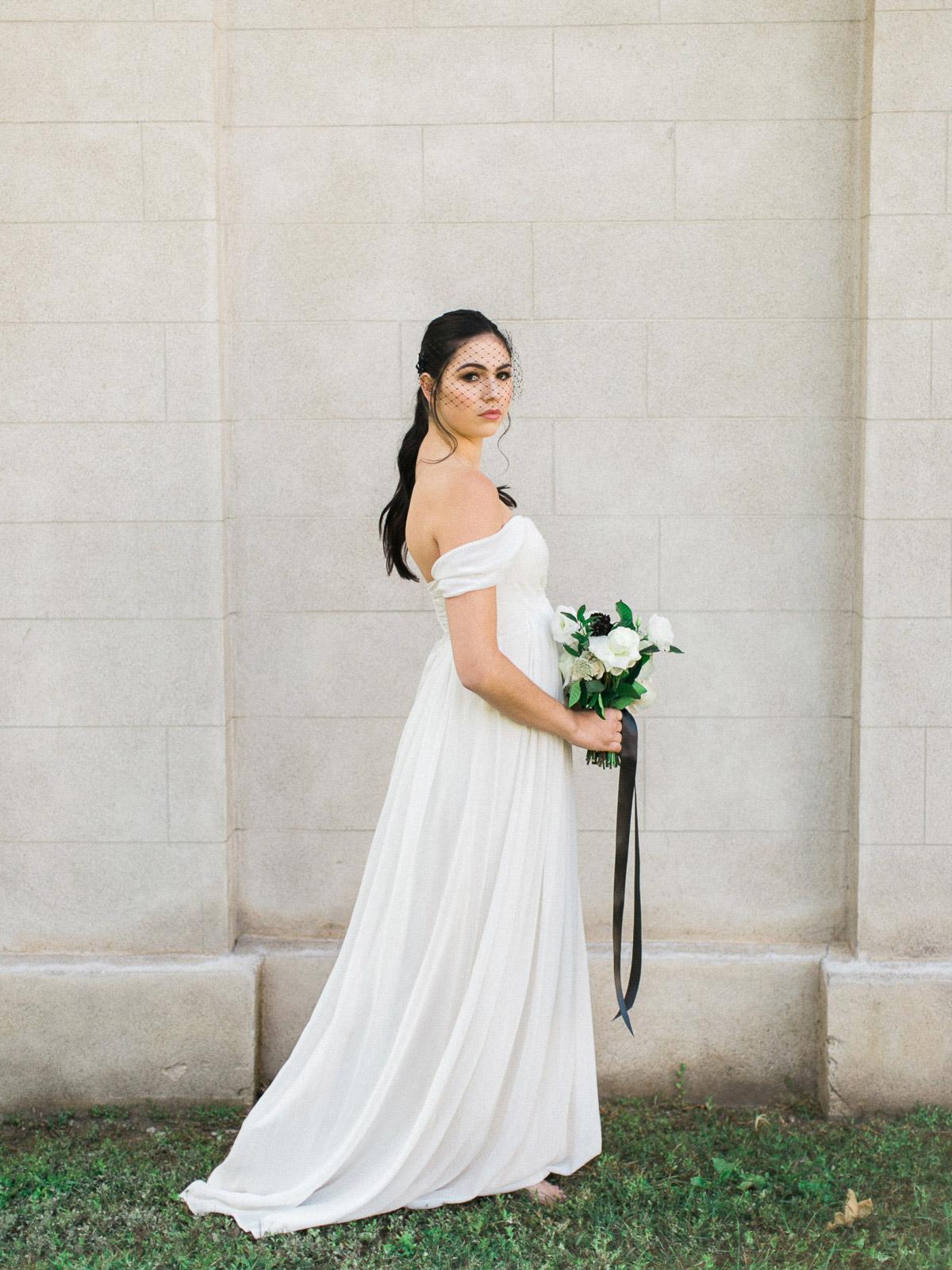 kurtz-orpia-photography-vineyard-bride-swish-list-dundurn-castle-dundas-wedding-editorial-24.jpg