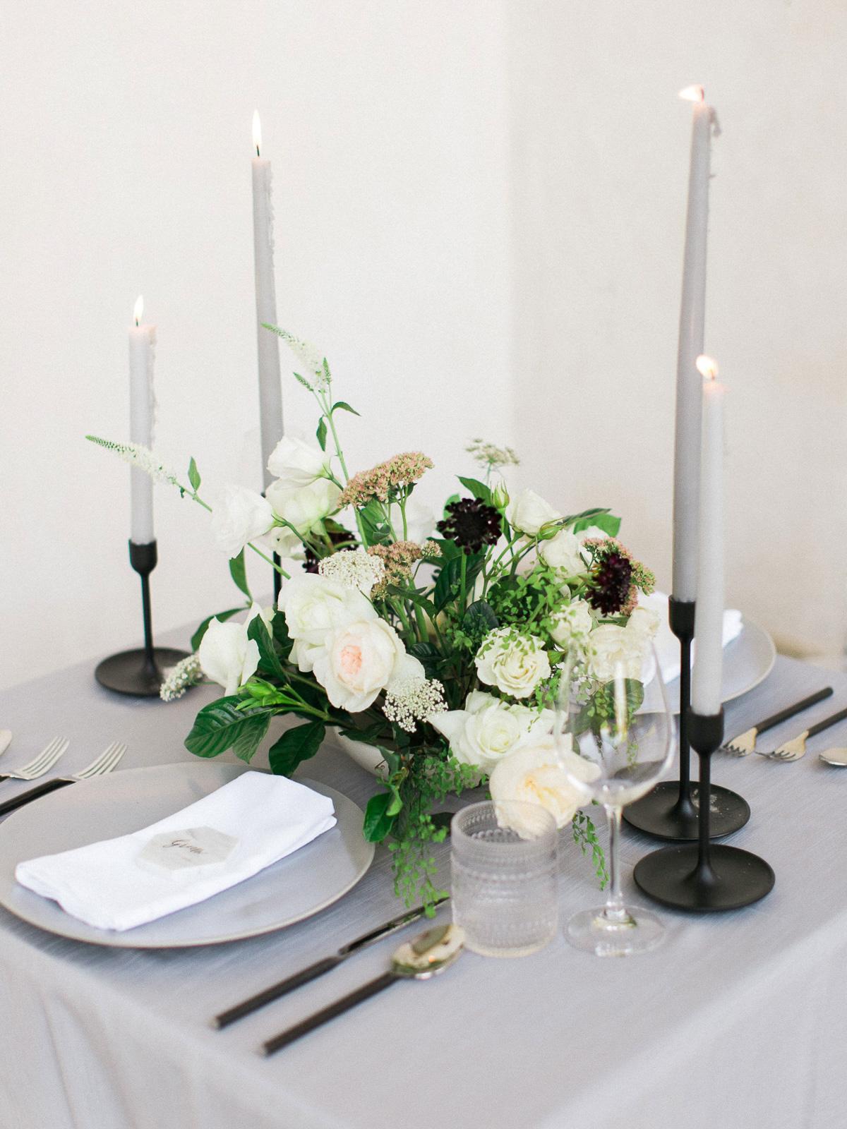 kurtz-orpia-photography-vineyard-bride-swish-list-dundurn-castle-dundas-wedding-editorial-33.jpg