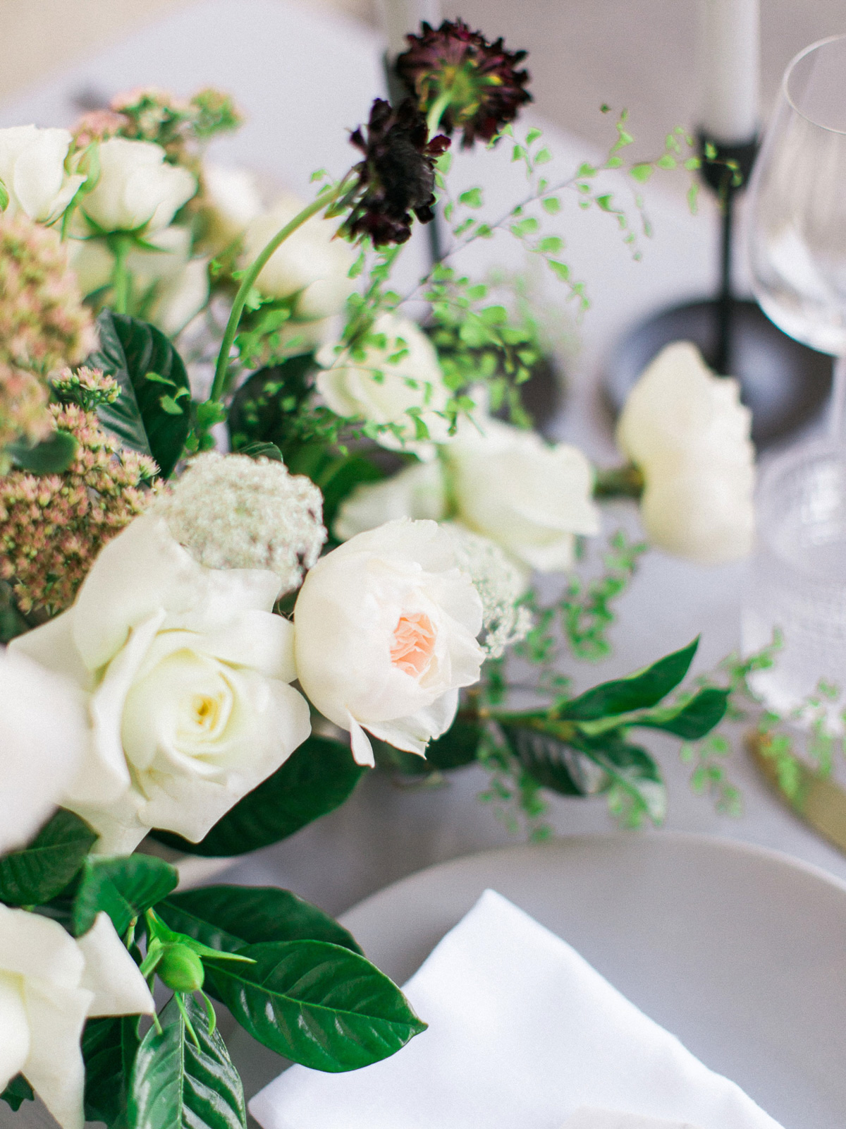 kurtz-orpia-photography-vineyard-bride-swish-list-dundurn-castle-dundas-wedding-editorial-37.jpg