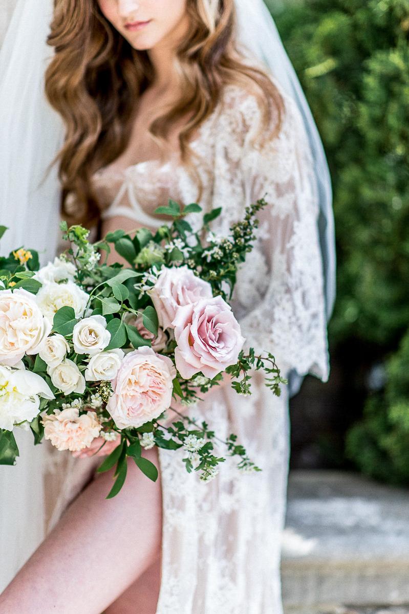 whitney-heard-photography-vineyard-bride-swish-list-graydon-hall-manor-toronto-wedding-editorial-8.jpg